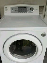 white front-load clothes gas dryer LG Taylor, 18517