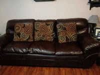 brown leather 3-seat sofa Cleveland, 37323