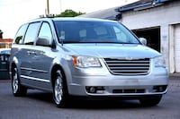 Chrysler-Town and Country-2010 Norfolk