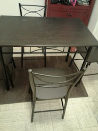for sale dining set and floor mat Mississauga, L5A 2G2