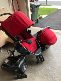 baby's red and black travel system 39 km