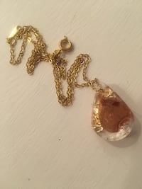 Tear shaped flower & gold resin necklace West Vancouver, V7V 1C2
