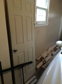 """White door good shape W32"""" L 80""""  $60  or b/o only need lock"""