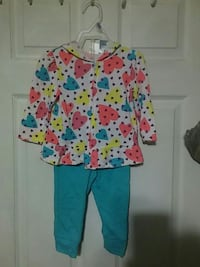 18m 2pc outfit Taunton, 02718