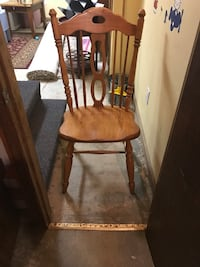 brown wooden chair North Chelmsford, 01863