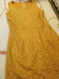 Gold vintage dress Vancouver, V5T
