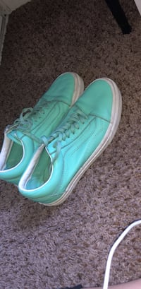 Old school leather vans only worn 2times in great condition!  Fontana, 92337