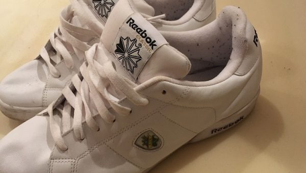 Reebok 43 Par vita air jordan basketskor