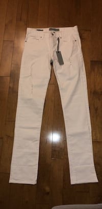 BRAND NEW white jeans Laval, H7X 3K4