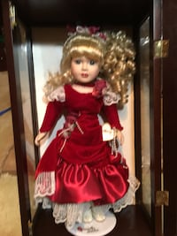 Barbie doll in red dress in box Springfield, 22150