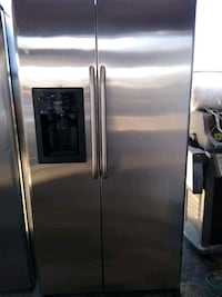 GE Stainless Steel Fridge