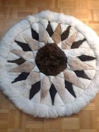 100% alpaca fur rugs from Peru.  Mississauga, L5L 5W7