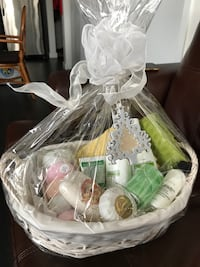 Gift Basket - perfect gift for Christmas Mississauga, L5M 0W5