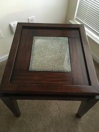 Great beautiful furniture at a great price accent table n coffee table Charlotte, 28269