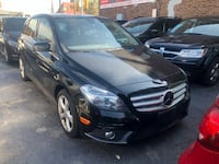 Mercedes - b - 2014 1owner certified no accident Toronto