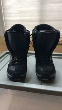 snowboard boots Anchorage, 99517