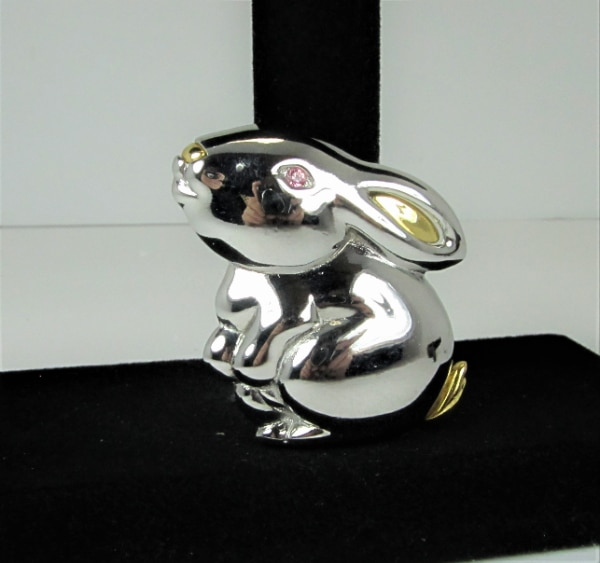 """VINTAGE SIGNED """"LC"""" GOLD AND SILVER TONE RABBIT BROOCH PIN BROOCH PIN 55c5dcba-8c5a-4ad2-ad98-1cae635d7df0"""