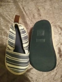 pair of white-and-black slip on shoes Grande Prairie, T8W 1Z1