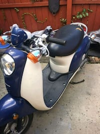blue and white motor scooter Springfield, 22150