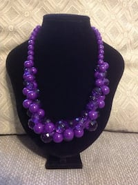 Necklace with Purple Beads 974 mi