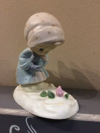 6 Vintage Precious Moments figurines. Will separate. Granger