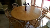 "60"" Solid oak dining table with leaf  Phoenix, 85028"