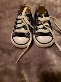 Black and white converse Ajax, L1T 3B1