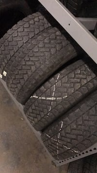 vehicle tire set Richmond Hill, L4C 5R4