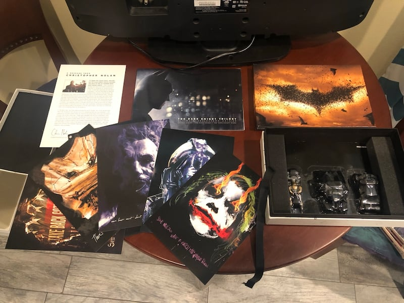 Dark Night Trilogy Ultimate Collectors Edition  35aa3ca0-3be3-429d-843c-3946a8f74390