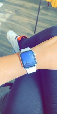 Apple Watch 4- GPS only Tucson, 85719