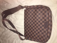 Damier Ebene Louis Vuitton leather crossbody bag Ottawa, K2C 3G1