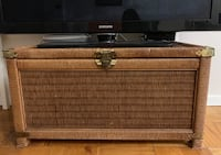 Antique rattan crate. 华盛顿, 20052