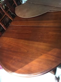 oval brown wooden coffee table North Chesterfield, 23236