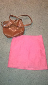 Pink lace size 2 skirt/ brown purse