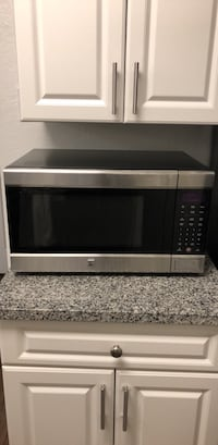 gray and black microwave oven Fairfax, 22033
