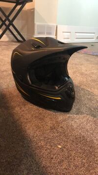 GMax 37x MX helmet Cambridge, N1R 4T2