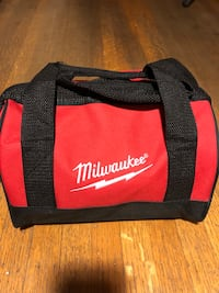 black and red Milwaukee duffel bag Burnaby, V5E 2V1