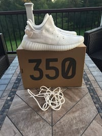 pair of white Adidas Yeezy Boost 350 with box Great Falls, 22066