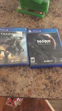 two Sony PS4 game cases Louisville, 40212
