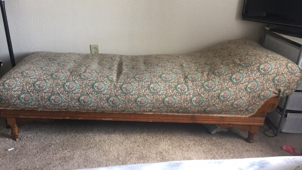 Groovy Antique Fainting Couch Unemploymentrelief Wooden Chair Designs For Living Room Unemploymentrelieforg