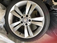 gray Mercedes-Benz 5-spoke vehicle wheel with tire Gibson, 70360