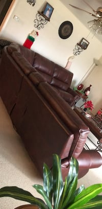 Brown leather tufted sofa chair Lodi, 95242