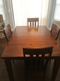 Dining table with extension and 4 chairs Kannapolis, 28027