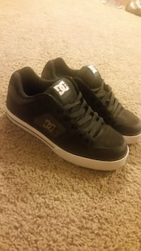 Brand new DC Shoes Bend