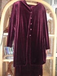 Velvet  2 pieces long skirt with top  Gatineau