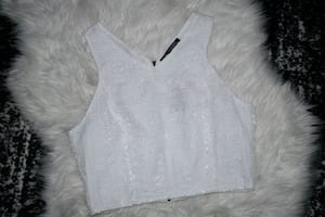 White crop top brand new still has tags