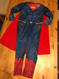 "Halloween costume ""SuperMan"" Surrey, V3T 5R7"