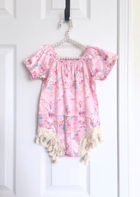 Baby girl's satin romper size 9-12m- worn once for pictures Mississauga, L5M 0C5