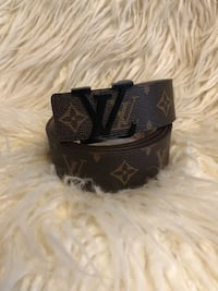 black and gray Louis Vuitton leather belt Santa Ana, 92704