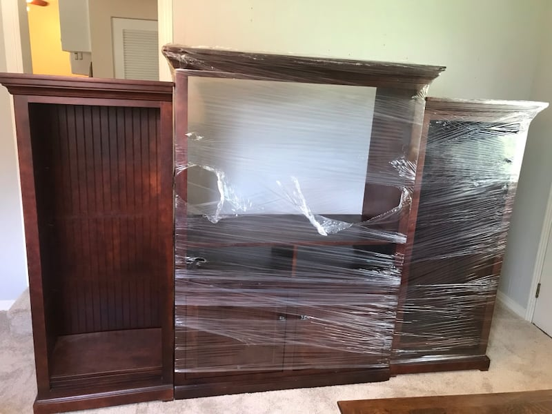Mahogany 3 piece- make offer! Need GONE 0